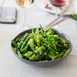 Green beans and broccolini  thumbnail