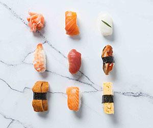 Assorted sushi pieces - mini thumbnail