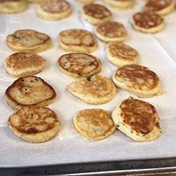 Buttermilk pancakes thumbnail