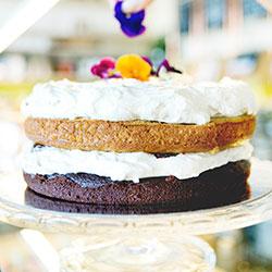 Vanilla chocoberry cake - 8.5 inch thumbnail