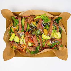 Healthy Vietnamese noodle salad with beef thumbnail