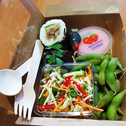 Japanese lunch box thumbnail