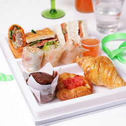 Executive lunch box with pastries thumbnail