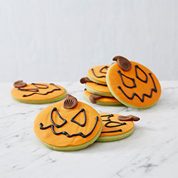 Halloween pumpkin head biscuits thumbnail