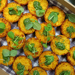 Pumpkin and basil pesto risotto cake thumbnail