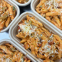 Tomato chicken penne salad thumbnail