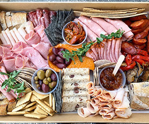 Premium meat and antipasto platter thumbnail