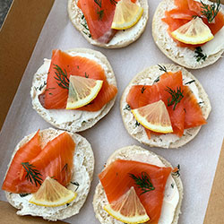 Open salmon bagel - mini thumbnail
