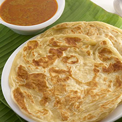 Roti canai with beef rendang thumbnail