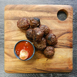 Kangaroo meatballs thumbnail