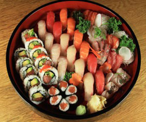 Sushi and sashimi platter thumbnail
